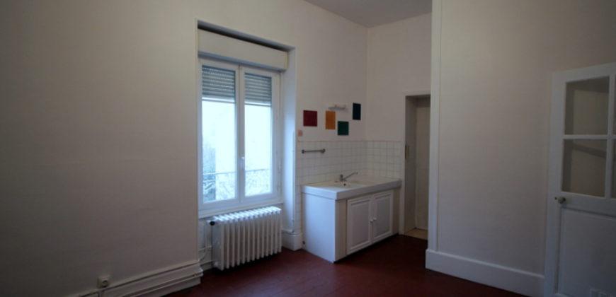 Maison – 1306-550